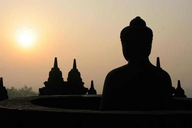 Borobudur - chrámový buddhistický komplex v Indonésii pocházející z 9. století.